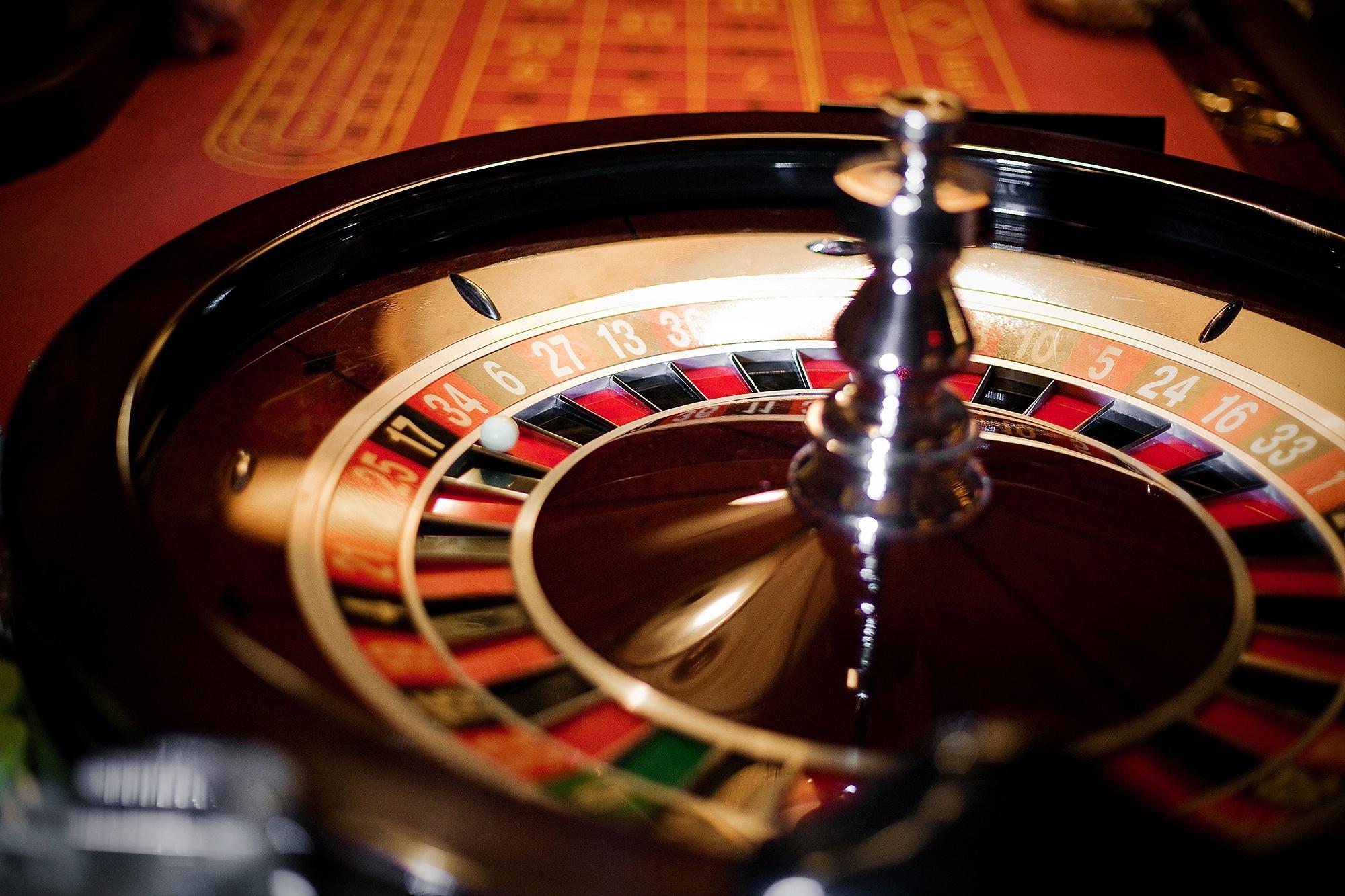 Клубника на деньги игровые автоматы